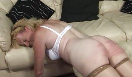لزبین نوجوان در کلیپ سکسی جالب بند