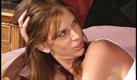سینه های بزرگ, سبزه, مخفی در فلم سکس باحال حمام