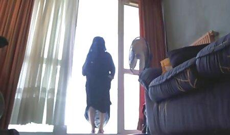 همسر تقلب در یک دختر با یک دیک بزرگ سکس خیلی باحال