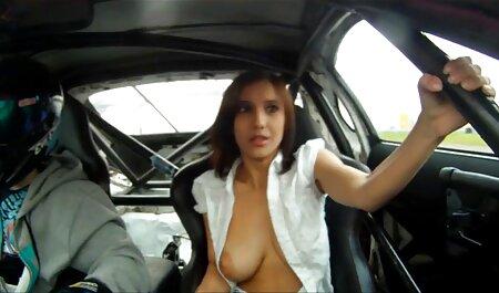 Pouty دختر fucks در بزرگ سکس خوب وباحال دیک
