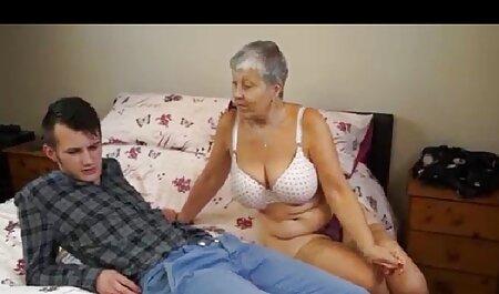 مرغ باطل با عجله می خواستم به آن باحال ترین سکس دنیا را در دهان خود