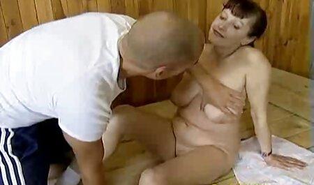 برده در یقه licks خانم ویدیوسکس باحال ها
