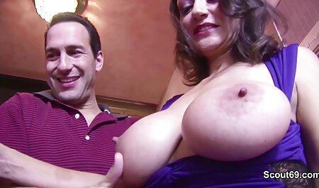 زن و سكسى باحال شوهر نوجوان, شات در تلفن
