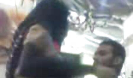 دو فرزند رقص در مقابل یک دوربین فیلم سوپر جدید باحال پریسکوپ
