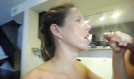 دختر ویدیوسکس باحال نوجوان زیبا حمام در تقدیر